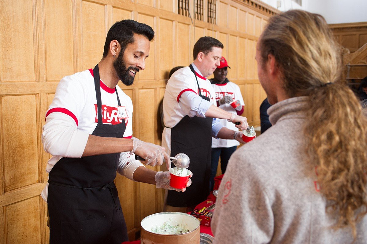 Dean of Students Vijay Pendakur and Vice President for Student and Campus Life Ryan Lombardi serve ice cream